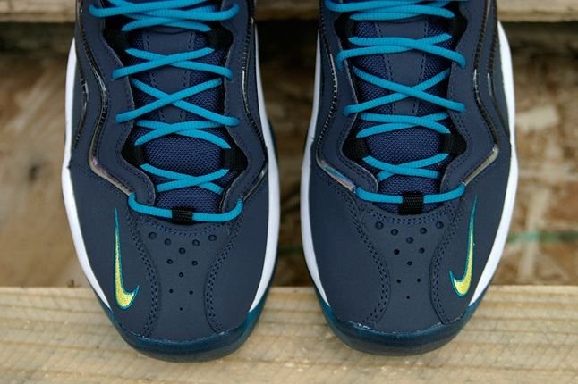 Nike Air Pippen Midnight Navy Toe Detail 1