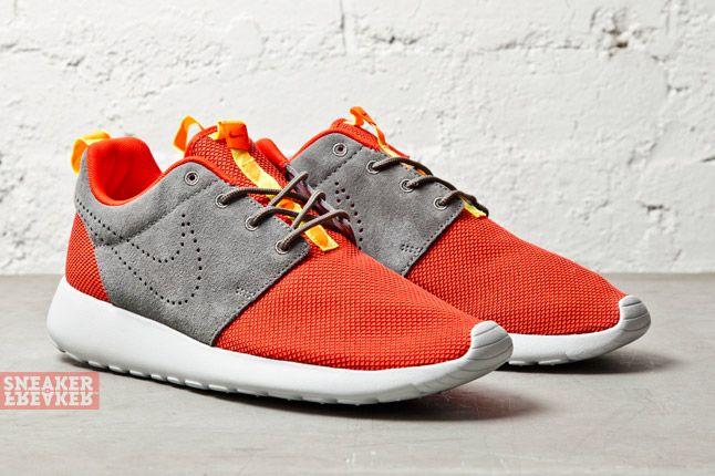 Nike Roshe Run Challenge Red 2