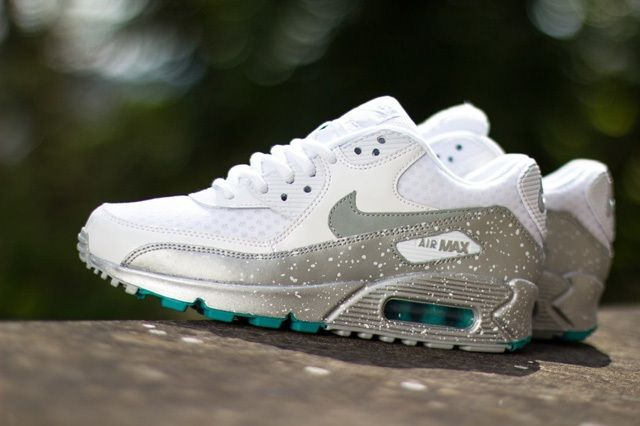 Nike Air Max 90 Speckle White Metallic Silver Turbo Green 4