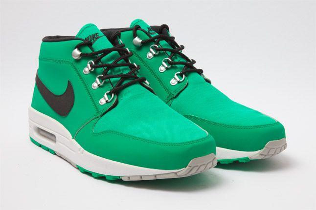 Nike Wardour Max 1 Txt Stadium Green Quarter 1