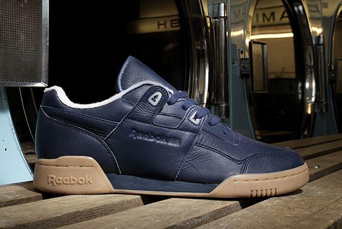 Reebok Tumbled Leather Size 2