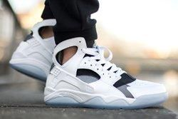 Nike Air Flight Huarache White Cool Grey Thumbs