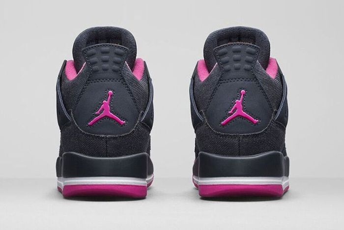 Air Jordan 4 Retro Dark Obsidian Vivid Pink 4