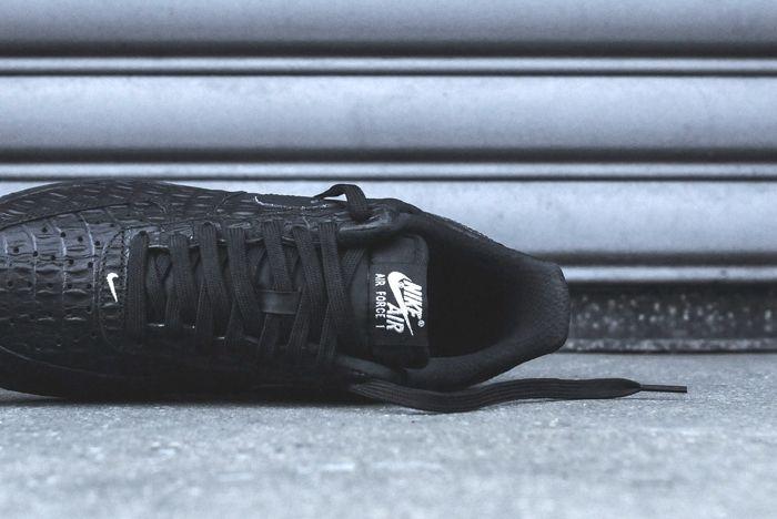 Nike Air Force 1 Lv8 Croc Kith Bump 5