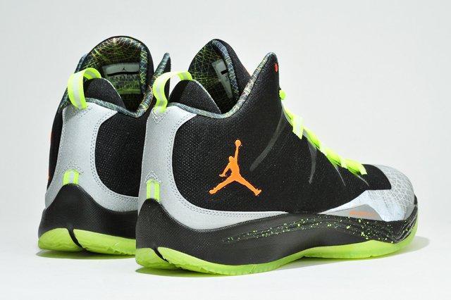 Jordan Christmas Superfly 2