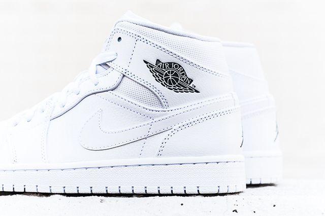 Air Jordan 1 Mid White Cool Grey 4