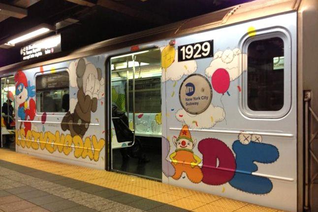 Kaws Nyc Mta Subway S Train Outside Thanksgiving Day Parade 1