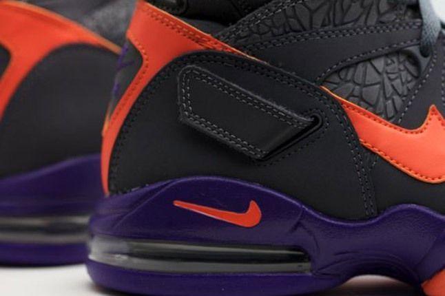 Nike Air Strong 2 Phoenix Heel 1