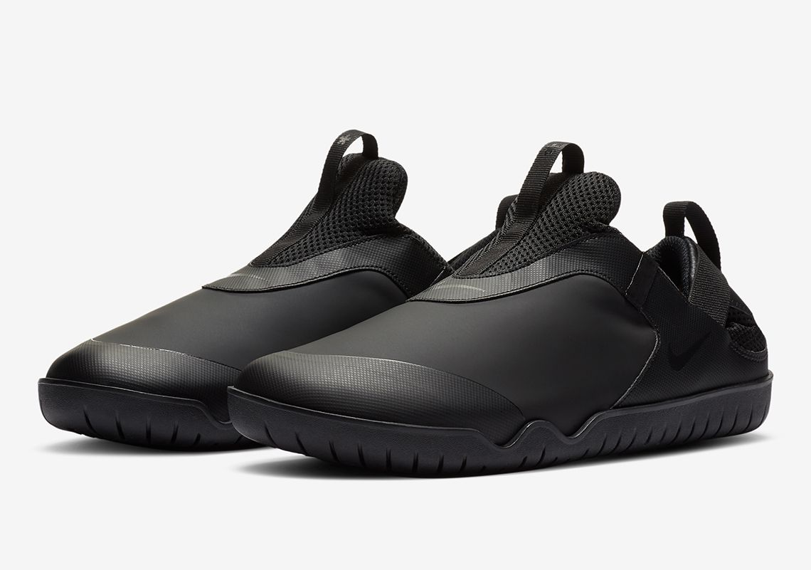 Nike Air Zoom Pulse Triple Black Angled