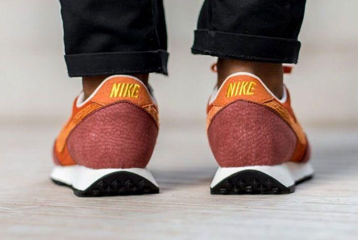 Nike Daybreak Rugged Orange Cu3016 800 Heel