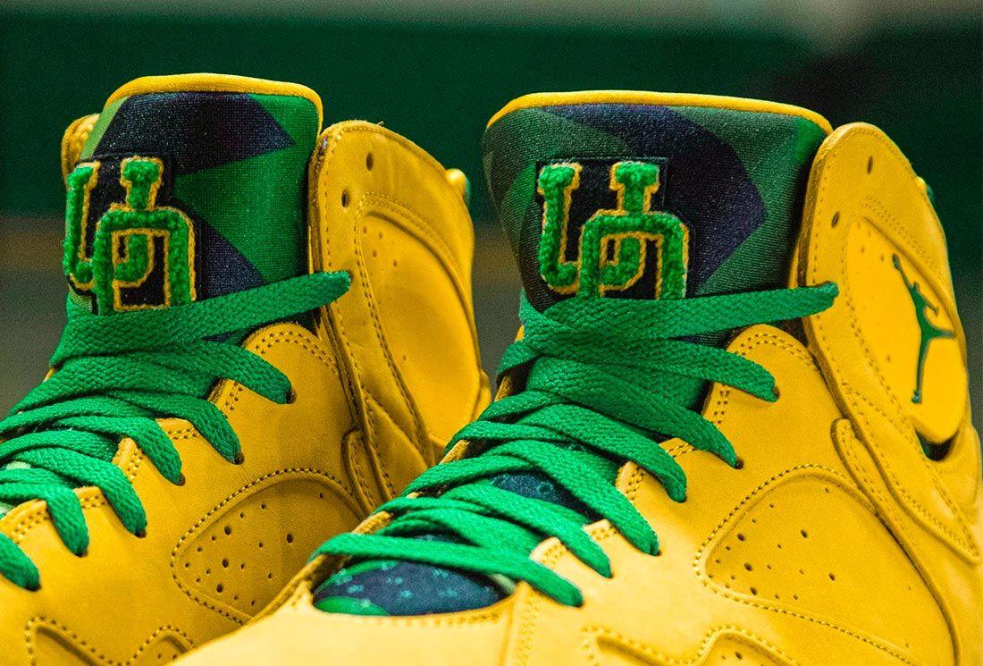 Oregon Ducks Air Jordan 7 PEs