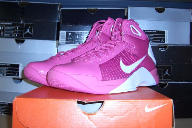 Rebecca Dahms Wmns Basketball Collection Nike Air Hyperdunk Think Pink 1