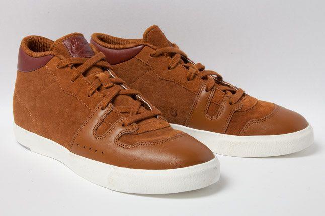 Nike Manor Hazlenut Brown 3 4 1