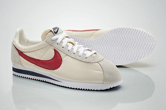 Nike Football Sportswear 22 1