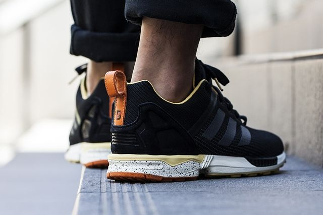 Bodega Adidas Zxflux Space Odyssey Bumper 3