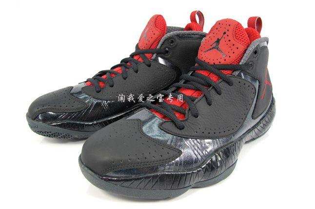 Air Jordan 2012 Bred 02 1