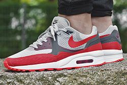 Nike Air Max Light Breathe University Red Thumb