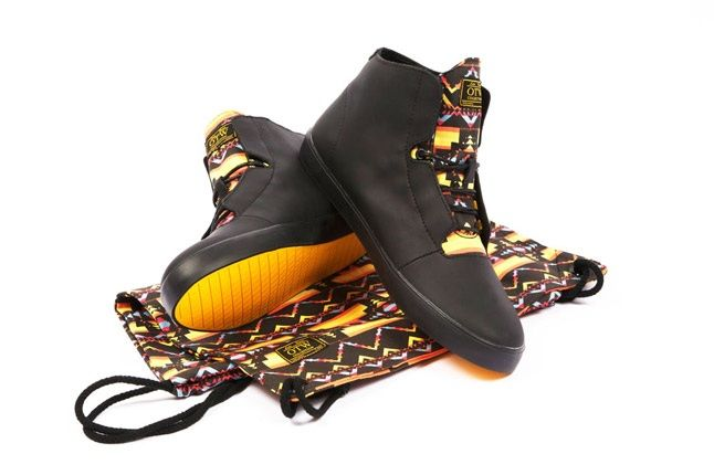 Vans Otw X Lupe Fiasco Stovepipe And Bag 1