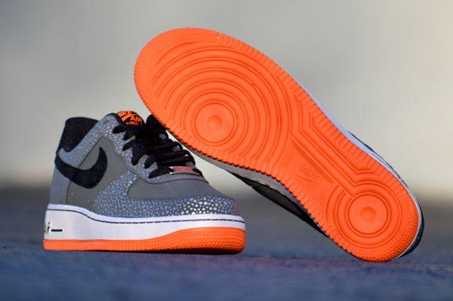 Nike Air Force 1 Safari 5