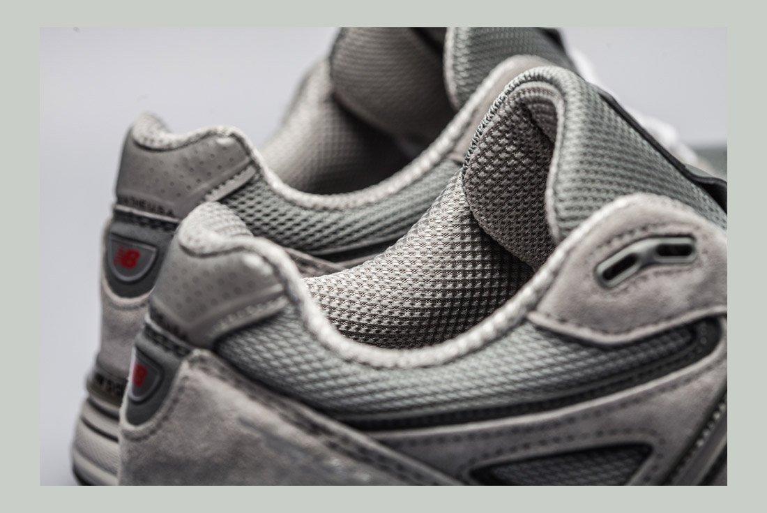 New Balance 990 V4 Detail 3