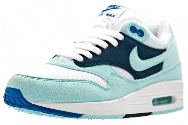 Nike Air Max 1 Womens Mint Candy 02 1