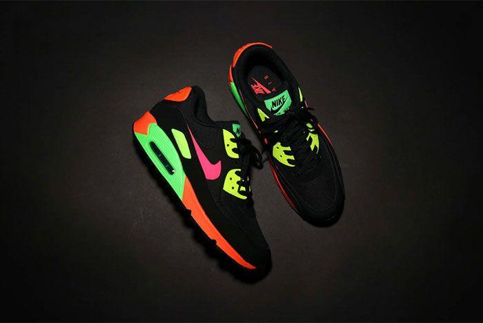Nike Tokyo Neon Air Max 90