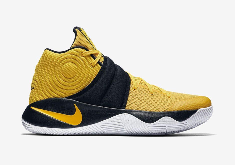 Nike Kyrie 2 Australia Right