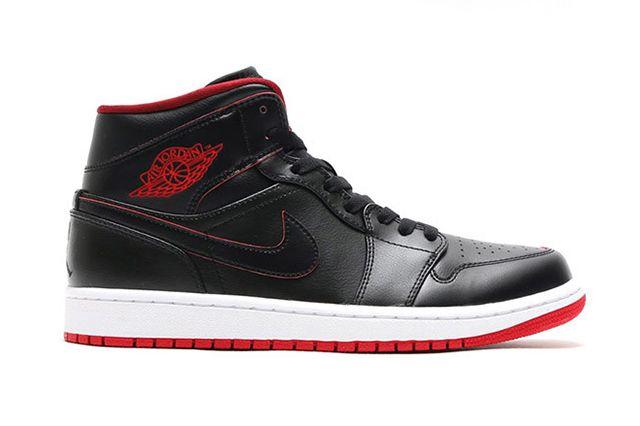 Air Jordan 1 Mid Black Gym Red 2