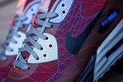 Nike Air Max 90 Red Clay 4