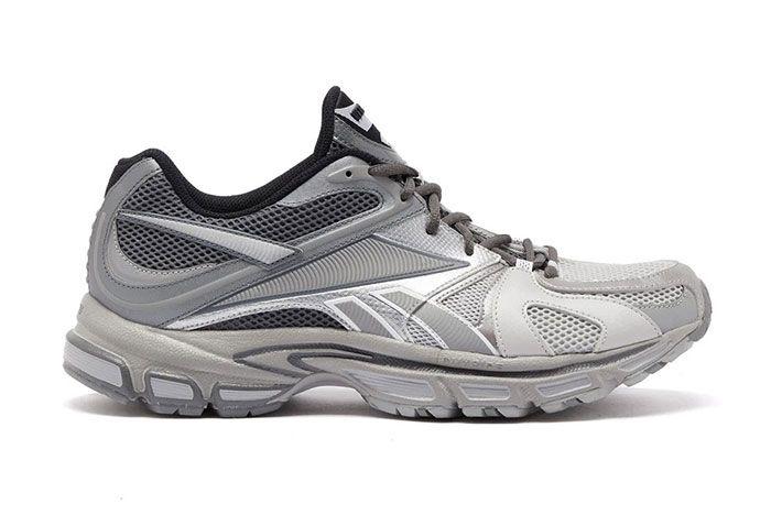 Vetements Reebok Spike Runner 200 Grey Right