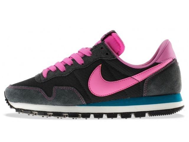 Nike Womens Air Pegasus 83 Pack Sneaker Freaker