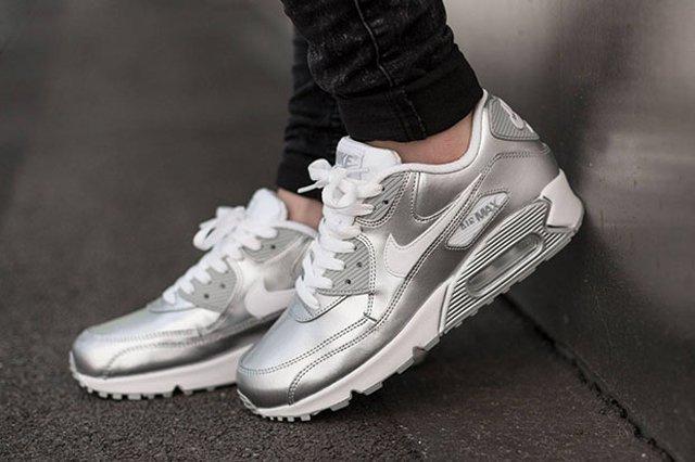 Nike Air Max 90 Metallic Silver 3