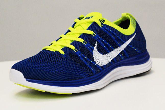 Nike Lunar One Blue Volt Quater 1