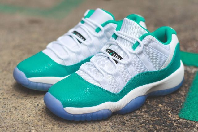 Air Jordan 11 Low Turbo Green Bump Thumb