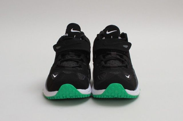 Nike Air Turf Raider Black Gamma Toe Profile