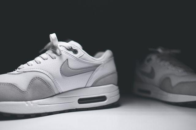 Nike Air Max 1 Wmns White Grey Mist 2