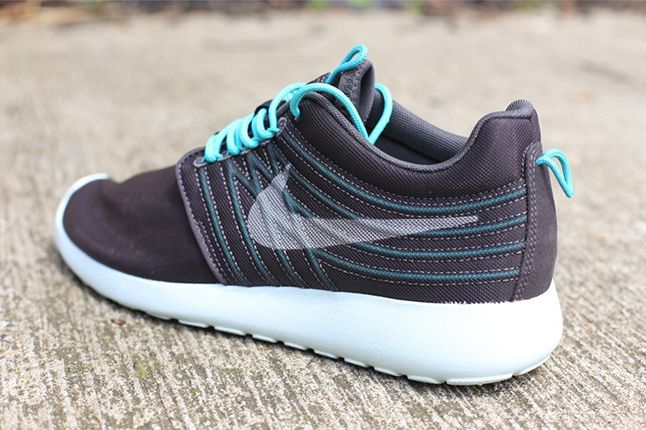 Nike Roshe Run Dynamic Flywire Qs Sport Turquoise Heel 1