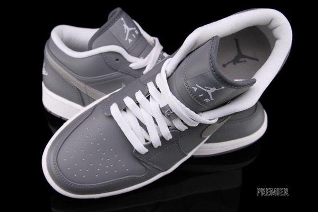 Air Jordan 1 Low Cool Grey Aerial 1