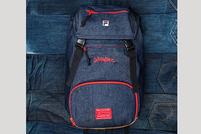 Flus X Mayor Sneaker Book Bag 01 2000X2000
