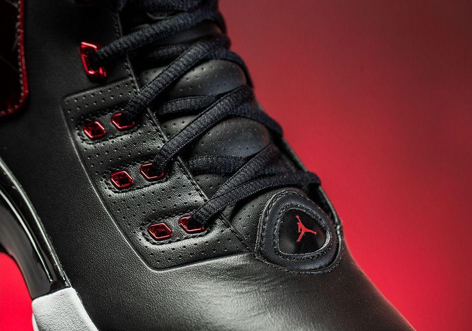 Air Jordan 17 Bred 6