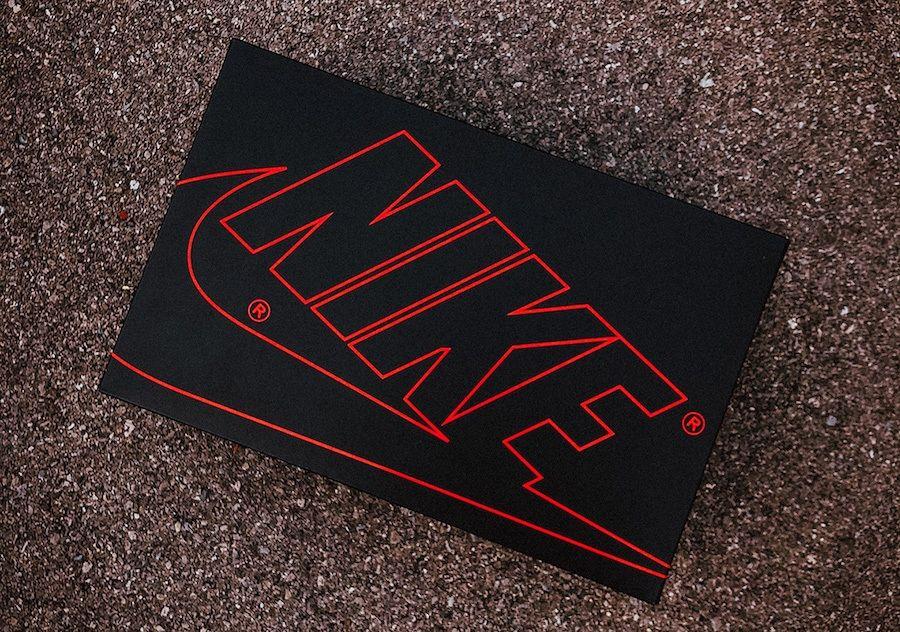 Stranger Things Nike Blazer Mid Starcourt Mall Box