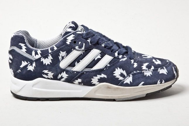 Adidas Tech Super Blue Sparks Side 11