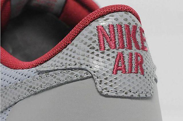 Nike Air Pegasus 8330 Size Exclusive 3