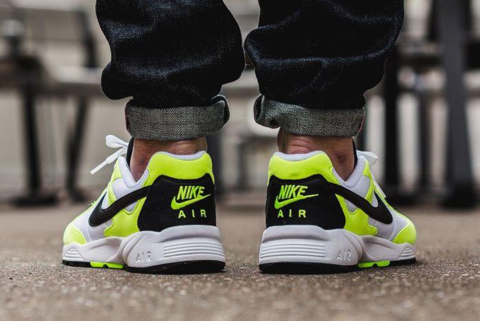 Nike Air Icarus Neon 2