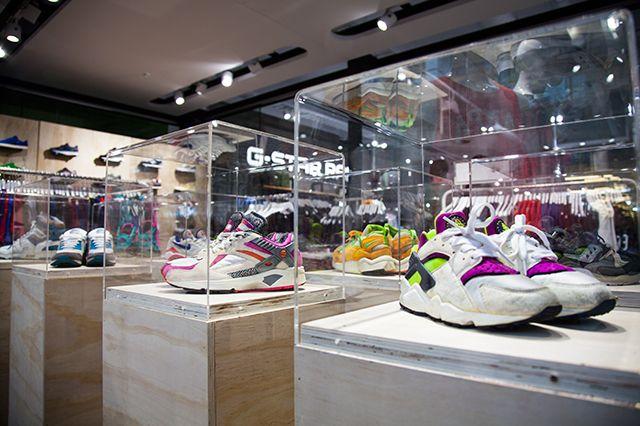 Sneaker Freaker Popup At Super Glue Highpoint 14