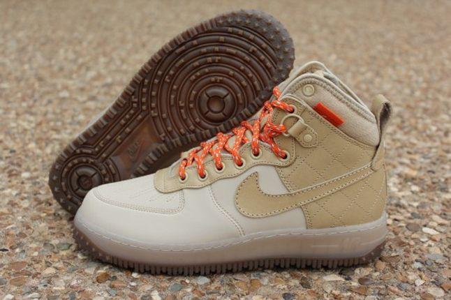 Nike Air Force 1 Duckboot Grain Profile 1