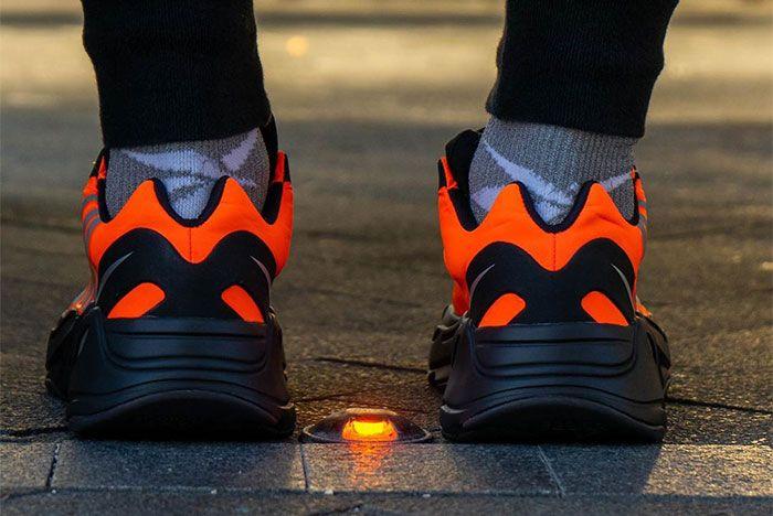 Adidas Yeezy Boost 700 Mnvn Orange Heel