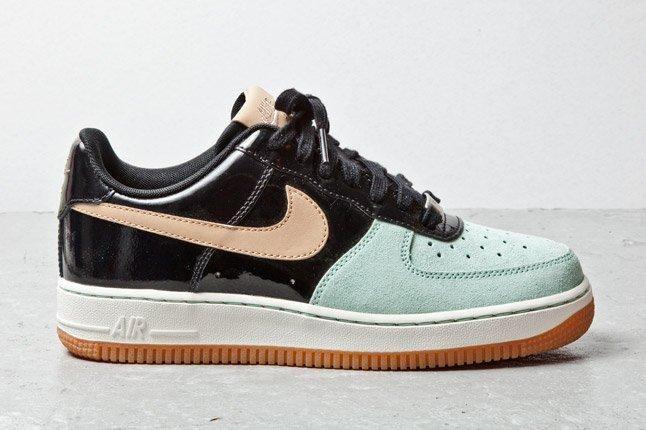 Nike Air Force 1 07 Womens Tan Mint Black 1 1