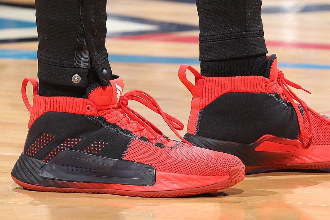 Adidas Dame 5 Right
