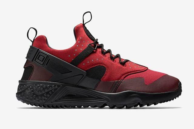 Nike Huarache Utility Blackgym Red1